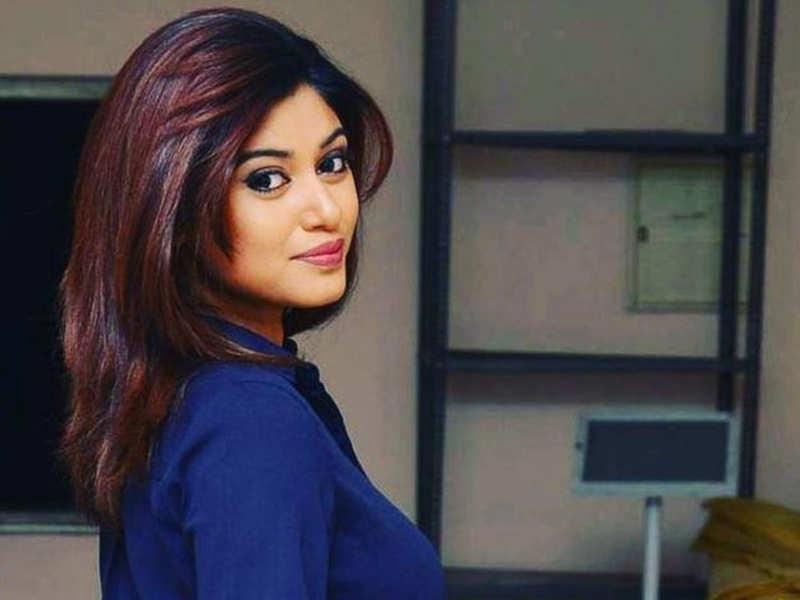 After Muni 4: Kanchana 3, another horror comedy for Oviya