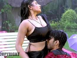 Watch: Raj Ranjeet and Antra Banerjee's Bhojpuri Sexy Video Song 'Pyaar Kahe Banaya Ram Ne' from 'Pahali Nazar Ko Salam'