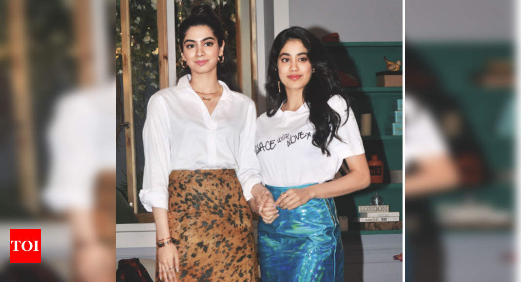 Photo of Janhvi Kapoor: For me, the definition of cool is my sister Khushi