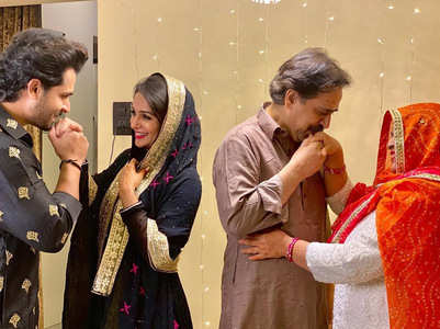 Shoaib-Dipika strike a 'romantic pose'