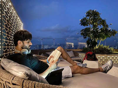 Vivek Dahiya shares a pic from his balcony