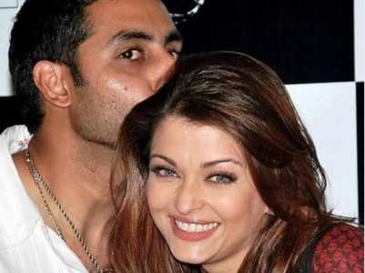 When Abhishek's PDA made Ash blush