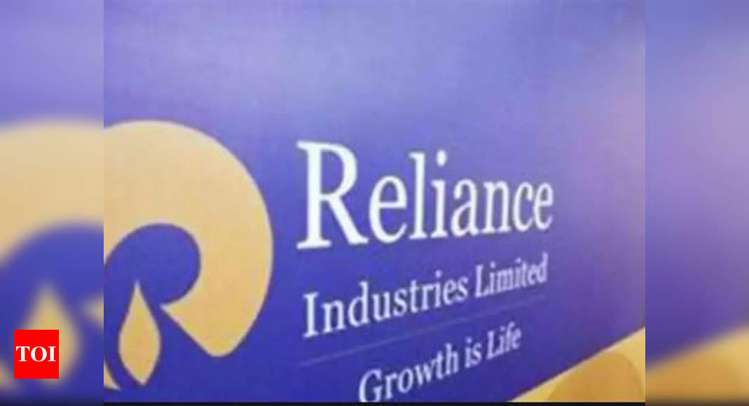 Reliance on track to achieve zero net debt: Report – Times of India