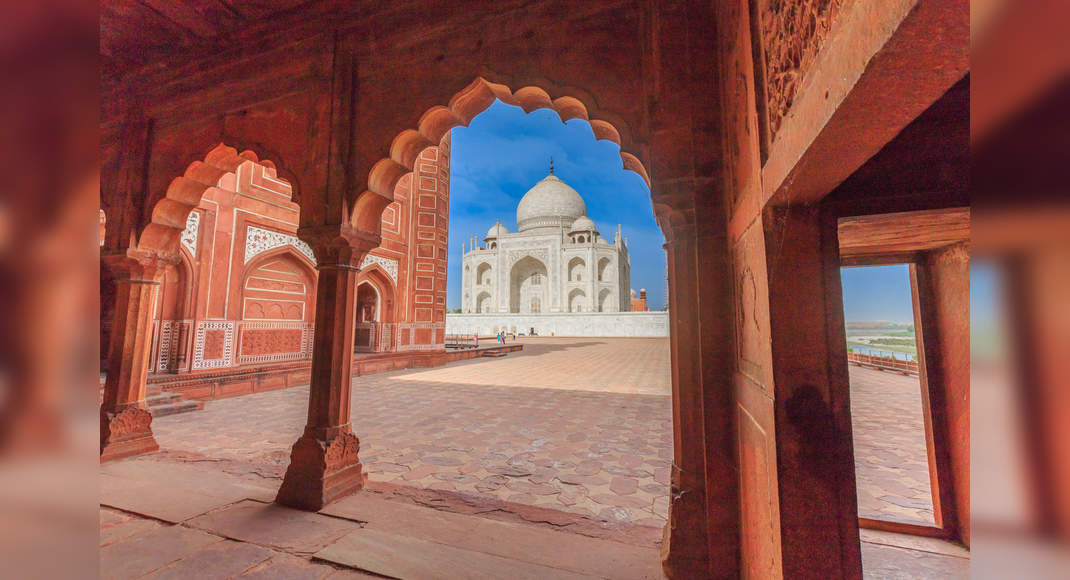 Thunderstorm leaves minor damages to the Taj Mahal