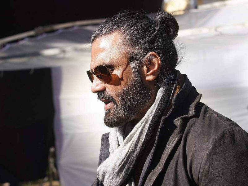 Suniel Shetty feels fighting one's inner fears and keeping family happy is essential amid the lockdown