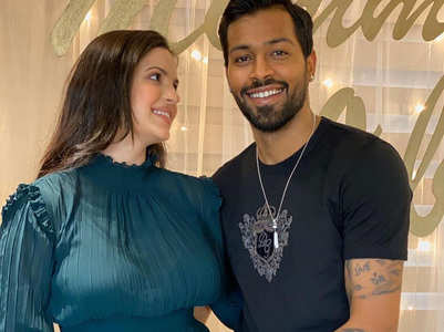 Natasa announces pregnancy with Hardik