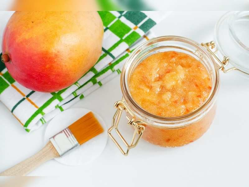 Try mango face packs for a glowing skin this season