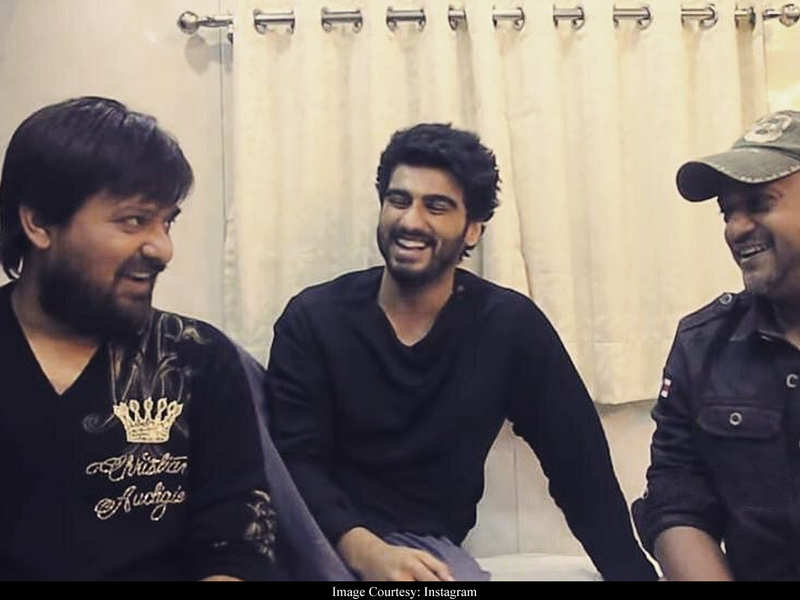 Arjun Kapoor pens an emotional note remembering Wajid Khan: Always a smile on his face & a song in his heart
