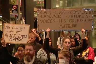 USA anger spreads to Australia as thousands protest police brutality