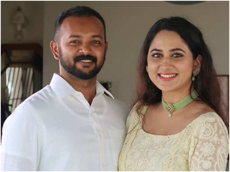 Miya George confirms engagement with Ashwin Philip; take a look at pictures from the ceremony