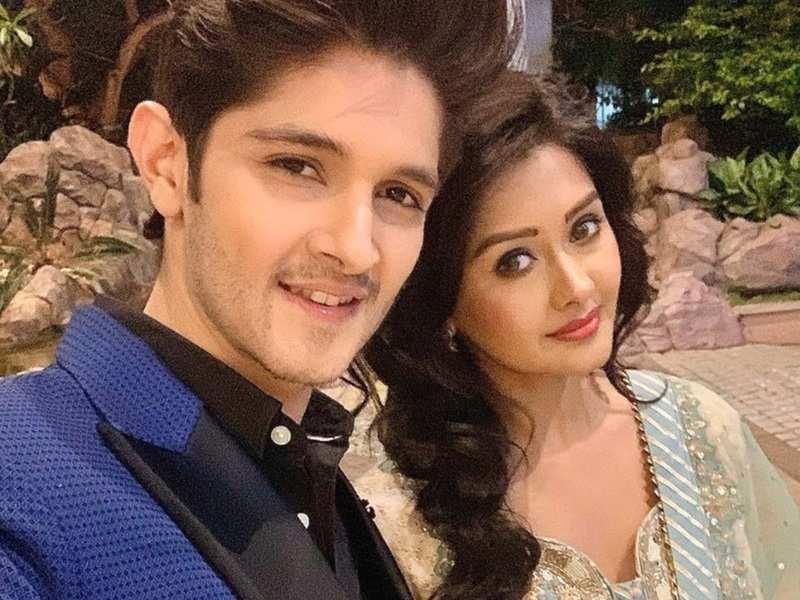 Yeh Rishta Kya Kehlata Hai's Rohan Mehra completes four years with girlfriend Kanchi Singh; shares a sweet post