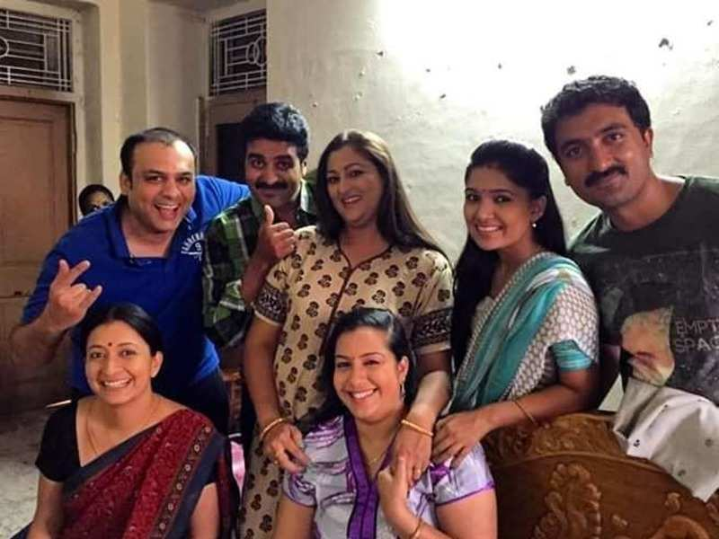 Deivamagal actors Krishna, Arvind Kathare and Prakash Rajan enjoy a reunion; take a look