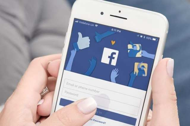 Facebook now allows users to delete posts in bulk: How to use this feature