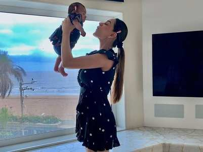 Smriti Khanna twins with her baby in blue