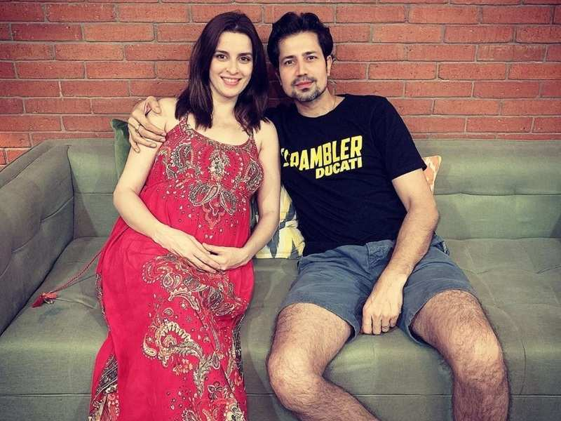 Ekta Kaul and Sumeet Vyas announce the arrival of their baby boy; the latter shares a sweet post