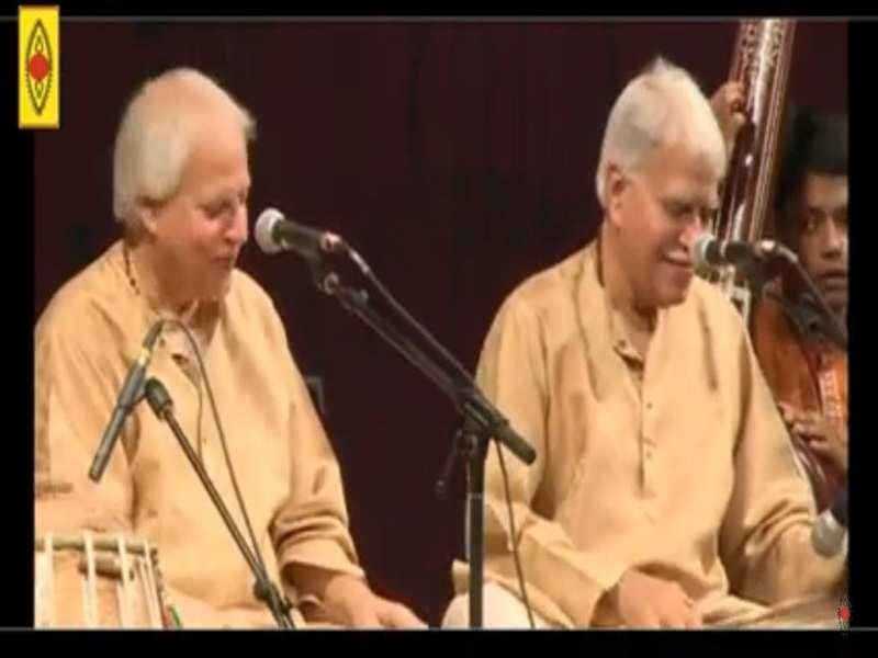 SPIC MACAY Anubhav included a live interaction with artists like Pt. Rajan Sajan Mishra