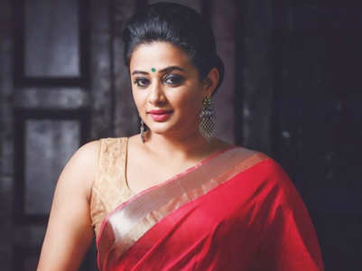Priyamani: 5 splendid photos of the actress