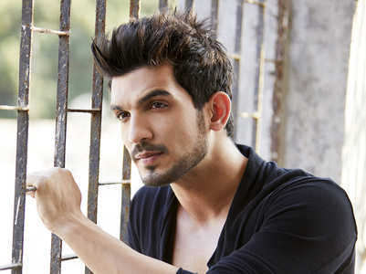 Arjun Bijlani misses his shooting days