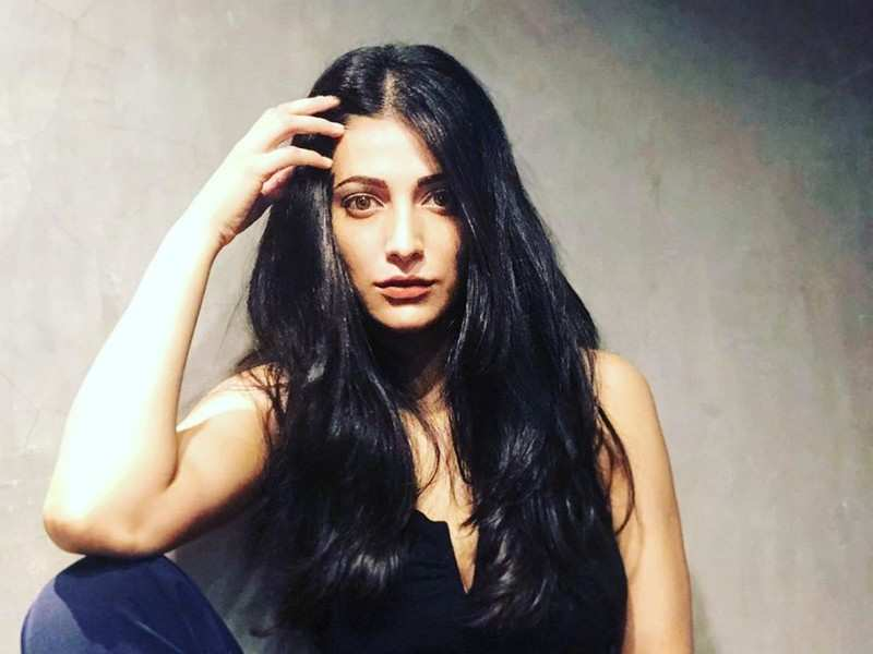 Shruti Haasan opens up about her mental health and life in the lockdown |  Telugu Movie News - Times of India