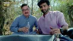 'Chhappad Phaad Ke' Trailer: Vinay Pathak, Siddharth Menon, Ayesha Raza starrer 'Chhappad Phaad Ke' Official Trailer
