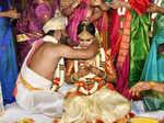 Kannada actress Mayuri Kyatari ties the knot with childhood friend Arun
