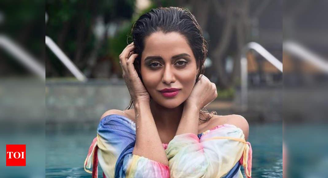 timesofindia.indiatimes.com: Raiza Wilson first in Kollywood to use voice tweets