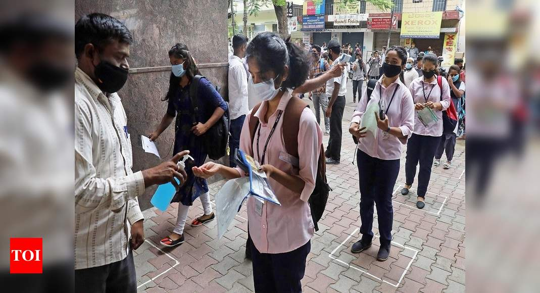 India sees a record 14,000+ cases in a day; toll up 343 thumbnail