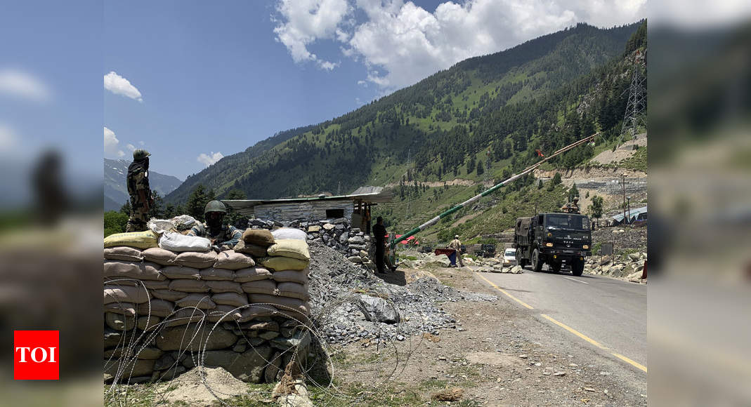 Indian, Chinese commanders hold parley on border amid growing calls to boycott Chinese goods thumbnail