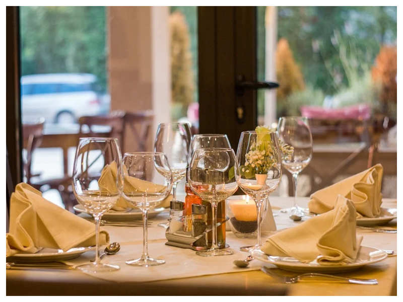Unlock 1.0: What restaurants are doing to ensure safety of customers -  Times of India