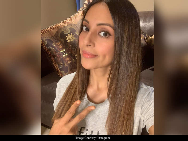 Bipasha Basu pens a powerful note on being referred to as 'dusky' beauty: My skin colour didn't define me
