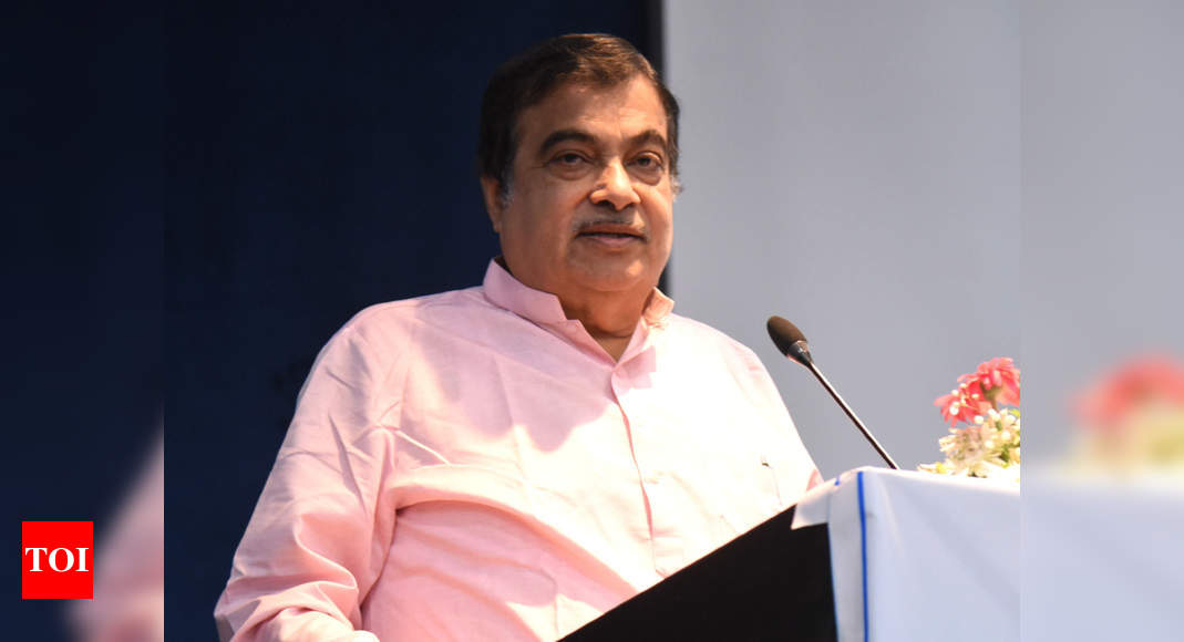 Hold-ups at ports will hit India, not China: Nitin Gadkari thumbnail