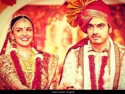 Esha Deol shares a pic on her anniversary