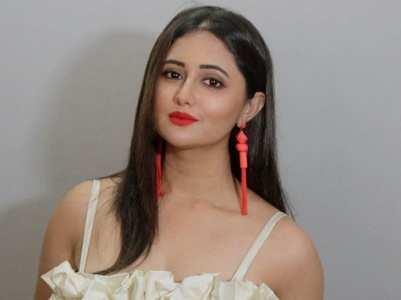 Fans trend 'Sensational Rashami Desai'