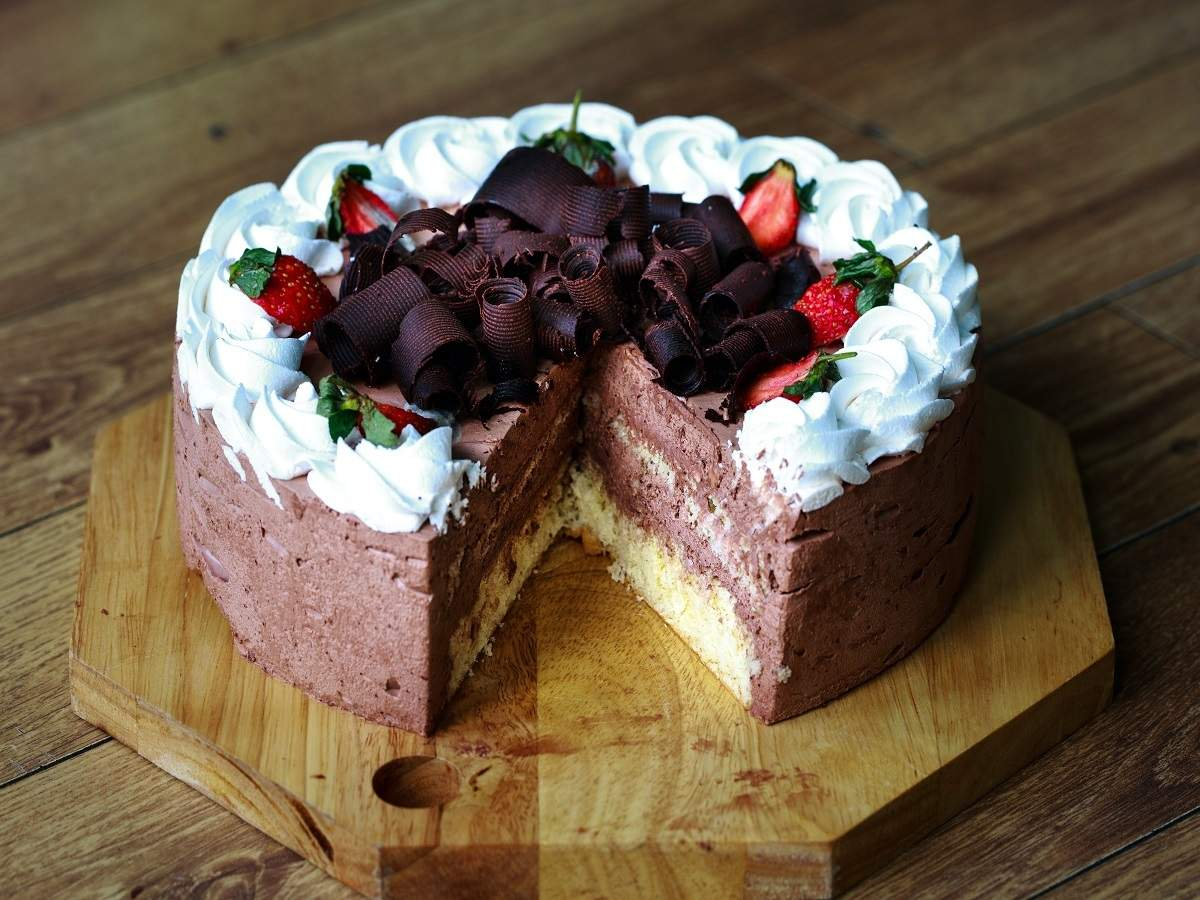 Chocolate Cake Mix Prepare Delicious And Fluffy Cakes At Home Most Searched Products Times Of India