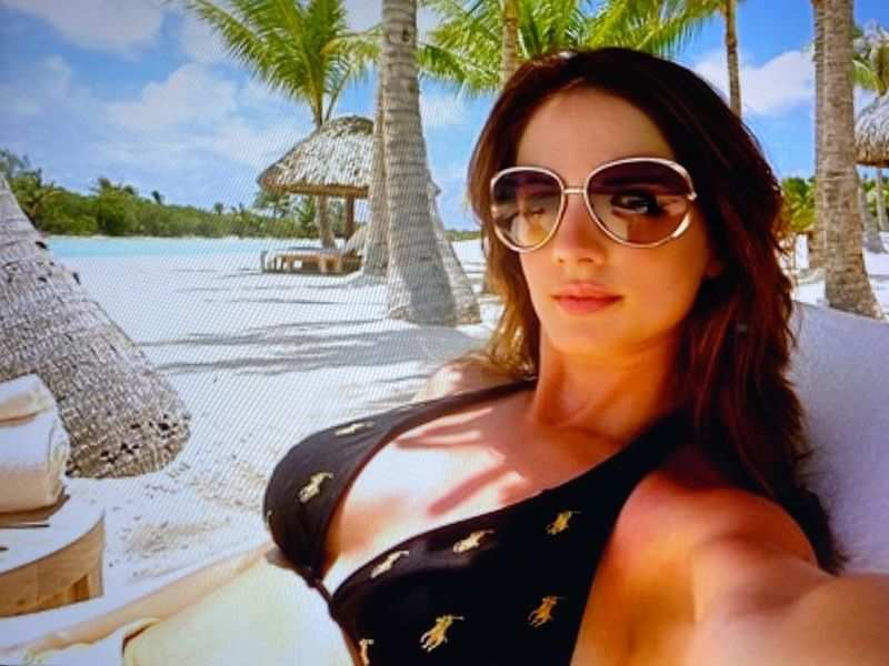 Style throwback: When Sussanne Khan slayed in a hot black bikini at Bora Bora