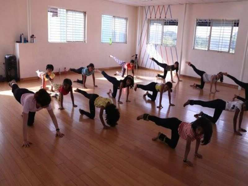 Learn the nuances of contemporary dance at this online class