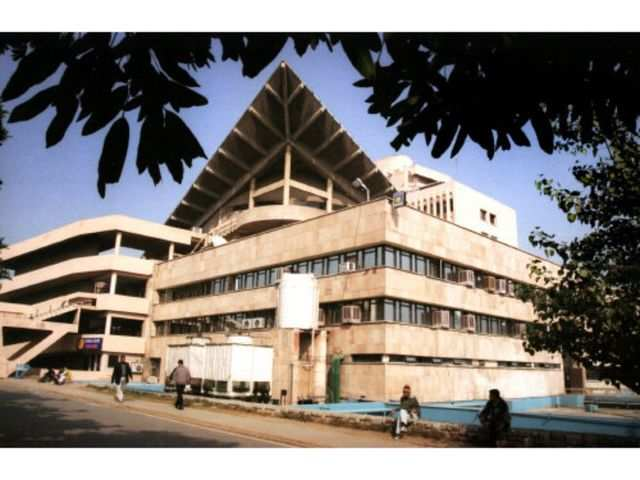IIT-Delhi sees a jump in placement offers