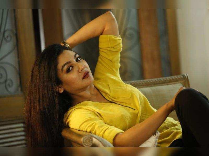 Jaya Ahsan skips birthday celebrations this year, wishes to be back in Kolkata soon