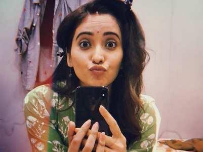 Asha Negi crosses 2 million followers