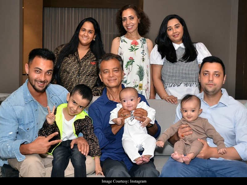 Arpita Khan Sharma shares an adorable family portrait celebrating her father-in-law's birthday