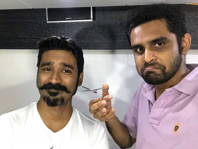 Fake Balaji Mohan Twitter handle announces film with Dhanush!