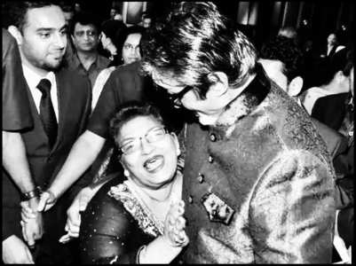 Amitabh Bachchan remembers Saroj Khan