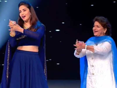 When Saroj Khan & Madhuri danced together