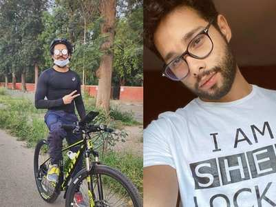 Ayushmann shares pics of his cycling session