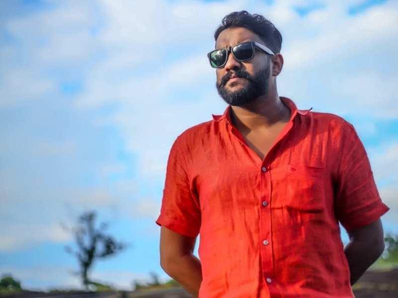 """I used to secretly apply for auditions when I was 10,"" says Manjil Virinja Poovu's Pichathi Shaji aka Akhil Anand"