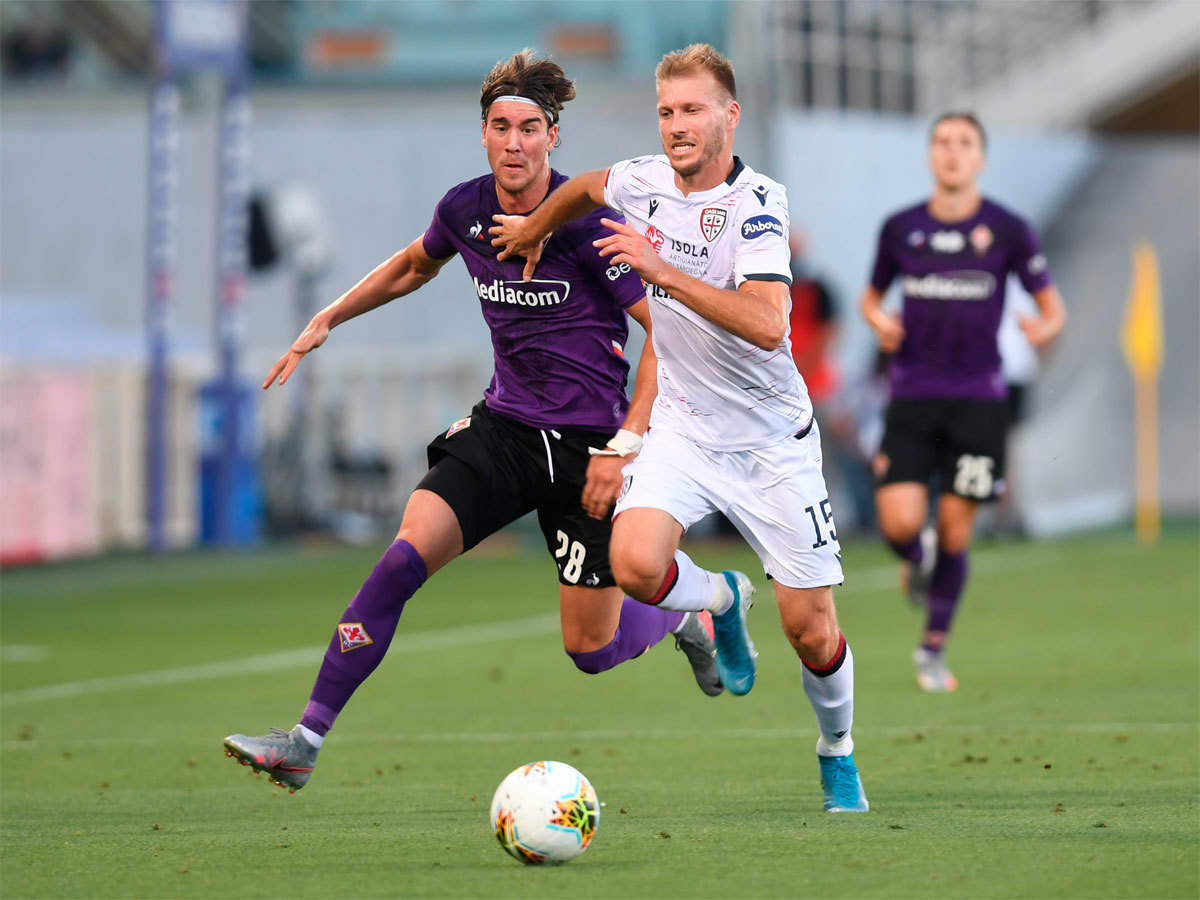 Fiorentina Hold Cagliari To Dull Goalless Draw Football News Times Of India