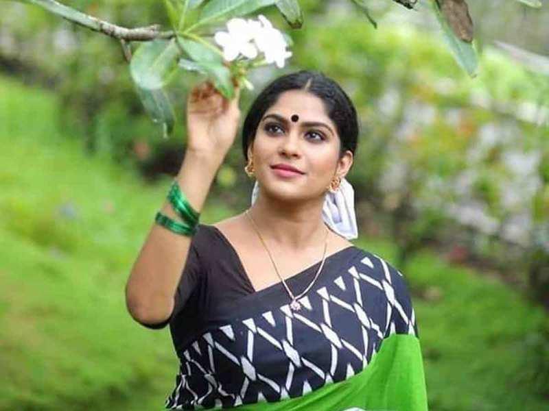 Swasika pairs with Niranjan Nair Sreenath for short film