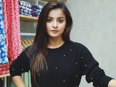 Mahima experiences sudden chest pain