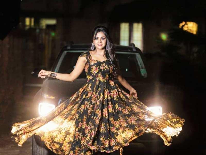 Actress Sahana Sheddy turns emotional as her show Azhagu set to end its journey (Photo - Instagram)