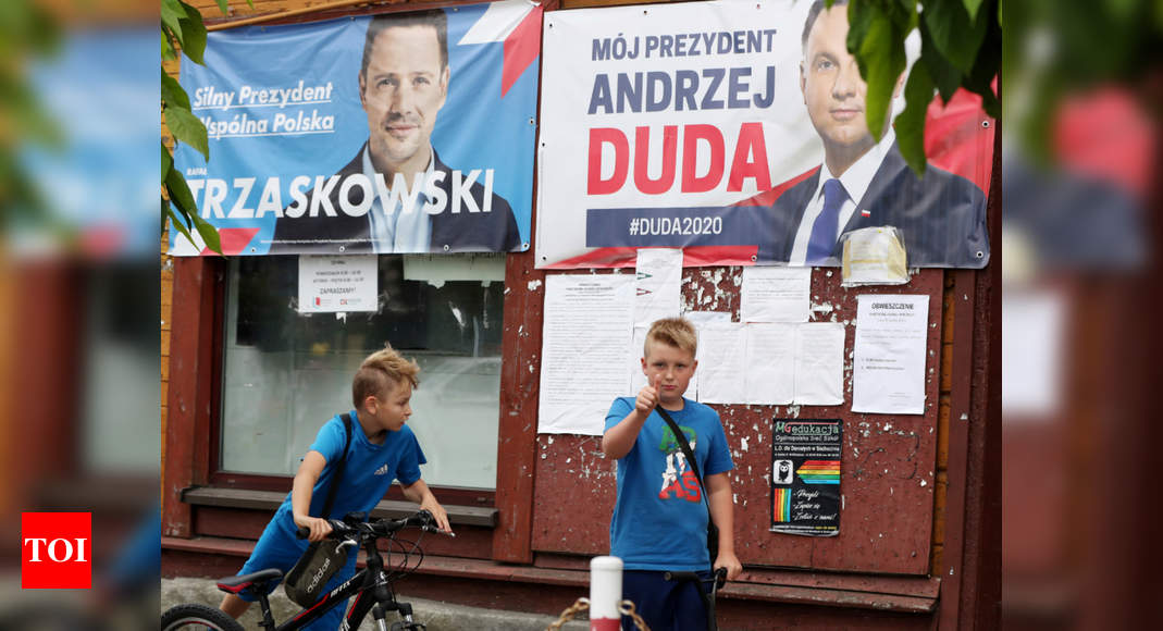 Image of article 'Poland holds momentous, tight presidential election runoff'